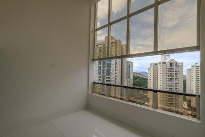 Apartamento no Vila da Serra - Edifício Green Tower - Rua da Fonte, 170
